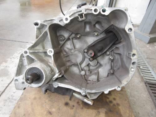 Cambio  JB1-525 200470 7701723426 S200470 7701723426 TS20 Renault  Twingo del 2011 1150cc.   da autodemolizione