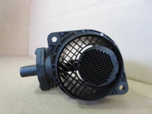 Debimetro Bosch 0281002531 038906461B Volkswagen  Golf 4 del 2003 1900cc. TDI 100cv  da autodemolizione