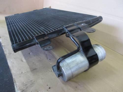 Condensatore 1J0820411L Volkswagen  Golf 4 del 2003 1900cc. TDI 100cv  da autodemolizione