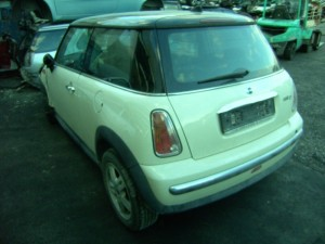 MINI  One DEL 2005 1364cc. D