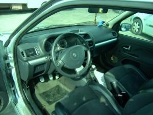 RENAULT  CLIO II DEL 2002 2000cc. 1998