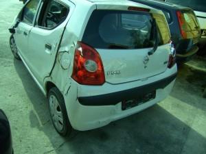 NISSAN  100 DEL 2010 996cc.