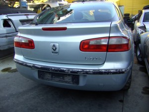 RENAULT  Laguna DEL 2003 1870cc.