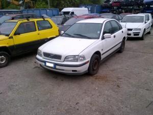 VOLVO  S40 DEL 1999 1870cc. 1.9 TD