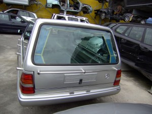 MERCEDES-BENZ  250 DEL 1990 2500cc. 2500 TD