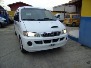 HYUNDAI  H-1 DEL 2000 2500cc. 2500 TD