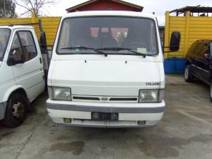 NISSAN  Trade DEL 2000 3000cc.