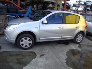 DACIA  SANDERO DEL 2000 1400cc.