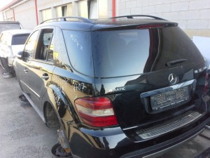 MERCEDES-BENZ  ML 320 DEL 2000 3000cc.