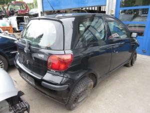 TOYOTA  Yaris DEL 2004 1000cc.