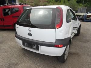 OPEL  CORSA C DEL 2002 1000cc.