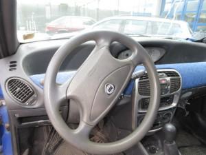 LANCIA  Y DEL 1997 1100cc.