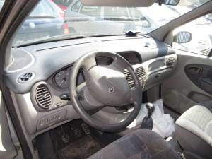RENAULT  MEGANE SCENIC DEL 1999 1600cc.