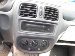 RENAULT  Clio DEL 2000 1149cc.