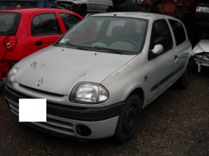RENAULT  Clio DEL 2000 1390cc. 1.4 16 V