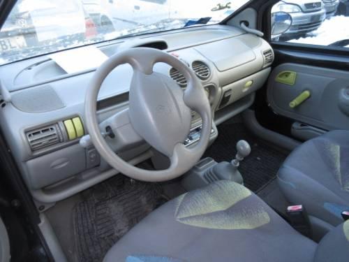 RENAULT  Twingo DEL 2000 1149cc.