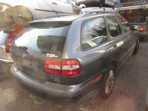 VOLVO  V40 DEL 2002 1870cc. D
