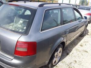 AUDI  A4 DEL 2001 2500cc. td