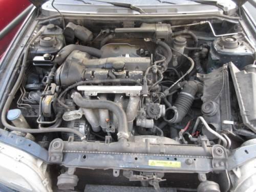 VOLVO  V40 DEL 1999 1783cc.
