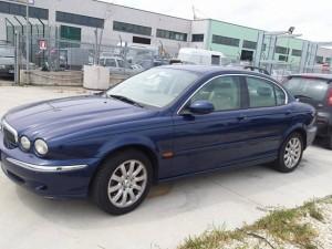 JAGUAR  X-Type DEL 2002 2967cc.