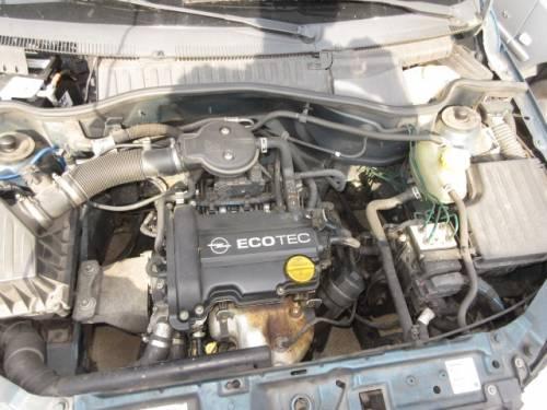 OPEL  CORSA C DEL 2001 973cc.
