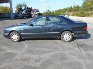 MERCEDES-BENZ  E 200 DEL 1996 2000cc.