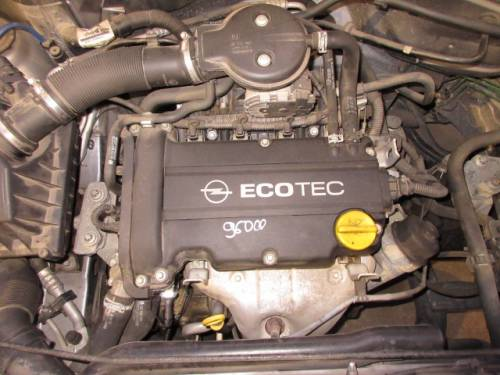 OPEL  CORSA C DEL 2004 1200cc.