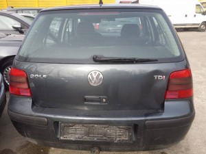 VOLKSWAGEN  GOLF 4 DEL 2004 1900cc. AXR TDI