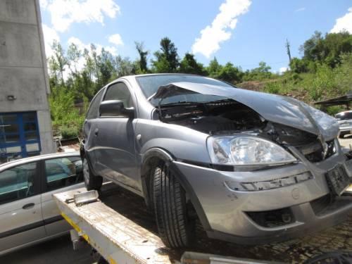 OPEL  CORSA C DEL 2006 998cc.