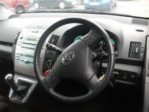 TOYOTA  Avensis DEL 2006 2000cc.