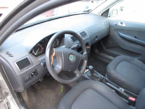 SKODA  Fabia DEL 2005 1390cc. 16V