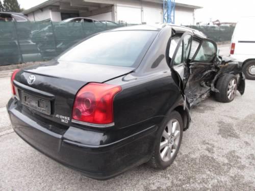 TOYOTA  Avensis DEL 2004 2000cc.