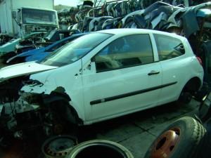 RENAULT  CLIO II DEL 2009 1200cc.