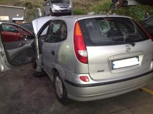 NISSAN  Almera Tino DEL 2004 2184cc.