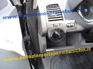 VOLKSWAGEN  Polo DEL 2000 1900cc.